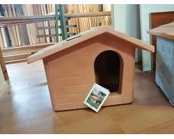 Cuccia per Cani in Resina Piccola